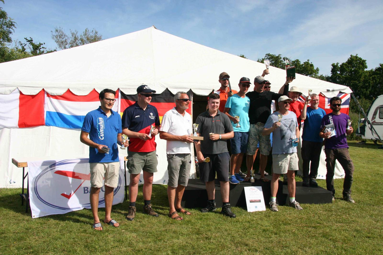prize winners.jpg