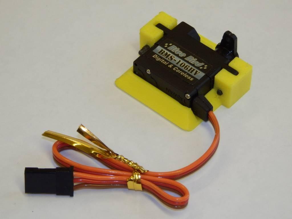 Screw less 3D printed servo mount